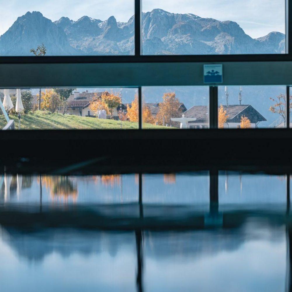 Bergresort Werfenweng berg spiegel wasser